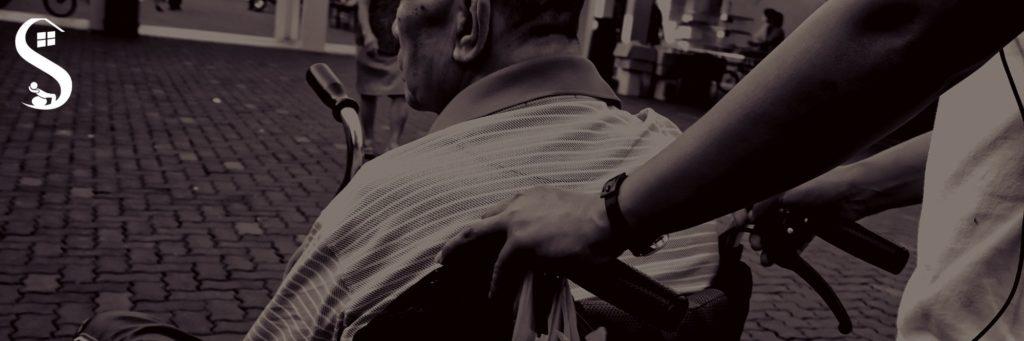 Prevenção de Quedas na Terceira Idade. O perigo de queda é um fator crucial na vida dos idosos, pois está associado a riscos permanentes como dificuldade na visão