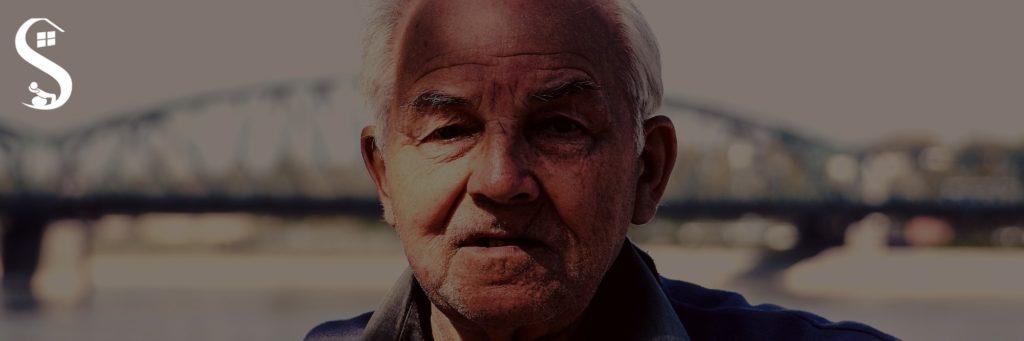 A importância da fisioterapia na doença de Alzheimer. A doença de Alzheimer é uma demência crônica degenerativa que incide em pessoas idosas