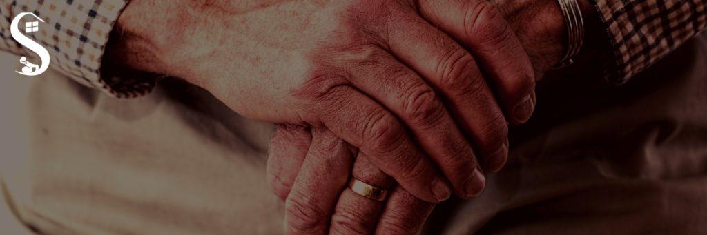 Importância da Fisioterapia na Doença de Parkinson. A Doença de Parkinson ocorre em consequência de uma deficiência na produção de dopamina cerebral